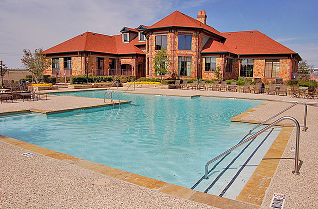 Sparkling Pool at Victorian Quarters at Team Ranch