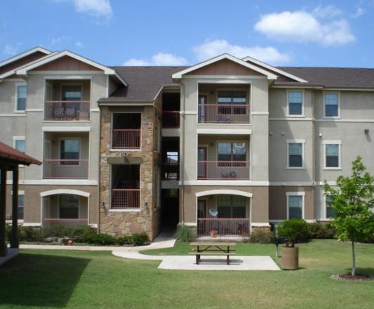 Rosemont at Heather Bend Apartments Pflugerville TX