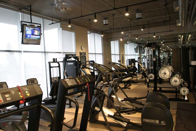 State-of-the-art Fitness Center at these Houston Montrose Apartments