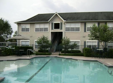 Katy TX Apartments with Sparkling Pool