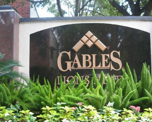 Gables Lions Head Apartments