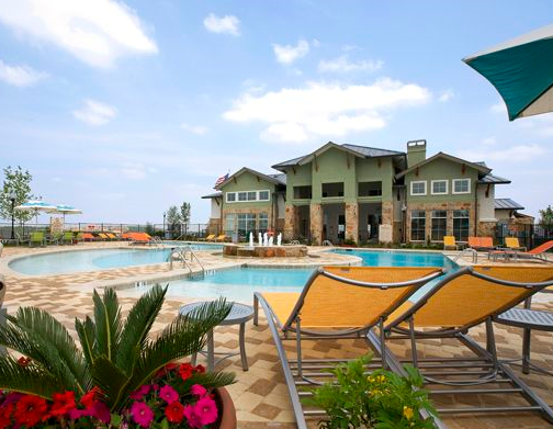 Estancia Apartments in Southwest Austin