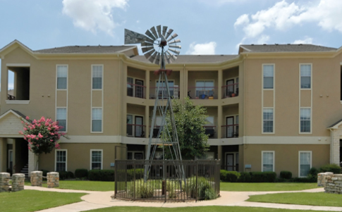 Exterior View of Red Stone Ranch Apartments