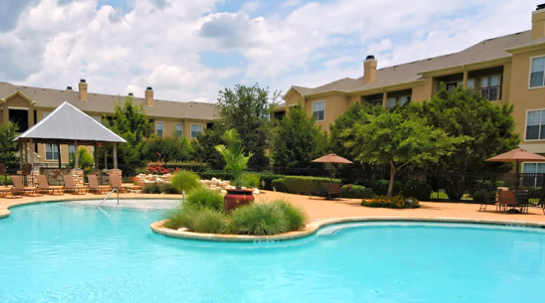 Sparkling Pool at Red Stone Ranch Apartments