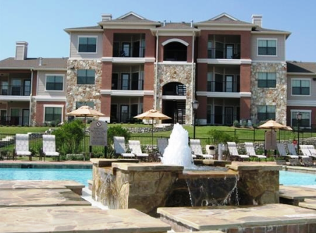 Onion Creek Luxury apartments exterior