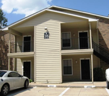 Fossil Hill Apartments Front Exterior