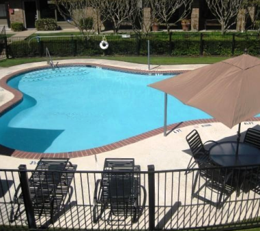 Fossil Hill Apartments Pool
