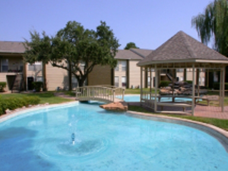 Tomball Apartments - Bridgewater