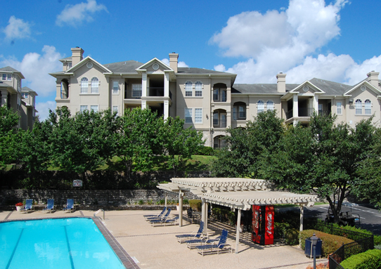 Promontory Pointe Apartments in San Antonio, TX