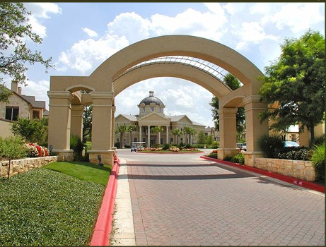 Entrance to Round Rock TX Apartments