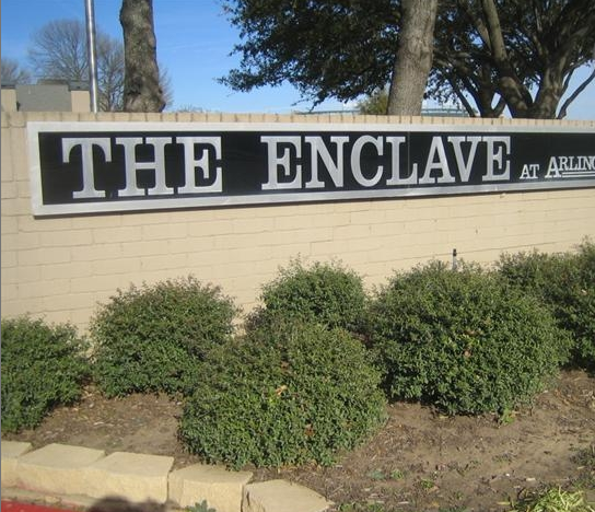 THE ENCLAVE AT ARLINGTON ENTRANCE