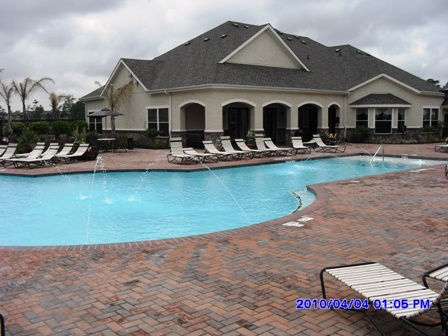 Villas of Kingwood Apartments with Sparkling Pool