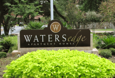 Waters Edge Apartments Photos