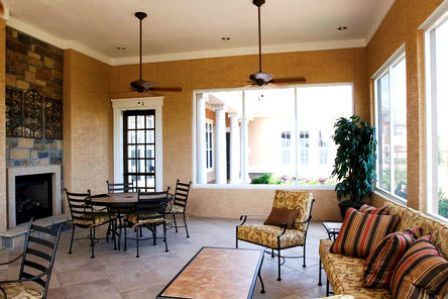 Colonial Grand at Onion Creek Apartments