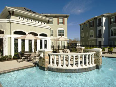 Sorrento at Tuscan Lakes Apartments in League City, TX
