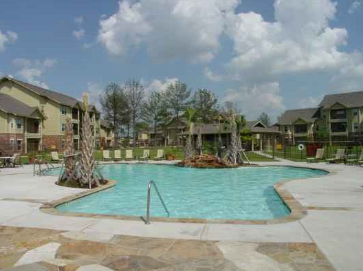 The Villages at Louetta Pool