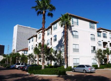 Exterior View of Houston West University Apartments