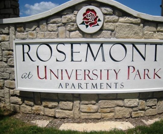 Photos of Rosemont at University Park Apartments