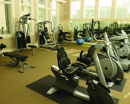 State-of-the-Art Fitness Center at Cedar Park Apartments