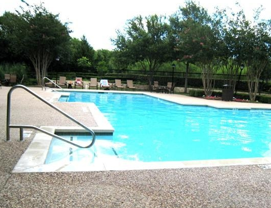 Ventana Oaks Apartments Pool