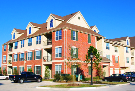 Exterior View of Katy Texas Apartments