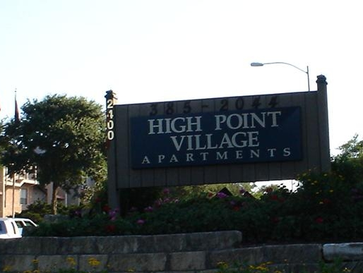 High Point Village Apartments in Southeast Austin