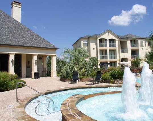 Lakeline Villas Apartments in Cedar Park