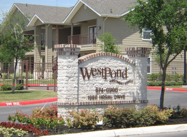 Exterior View of Westpond Apartments San Antonio, TX