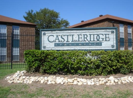 Apartments in West San Antonio - Castleridge