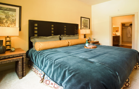 Spacious Bedroom at Houston Heights Apartments