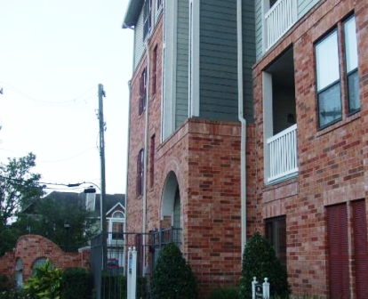 Side View of Midtown Heights Apartments