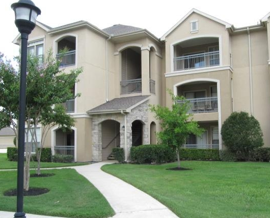 Exterior View of Houston Alief Apartments