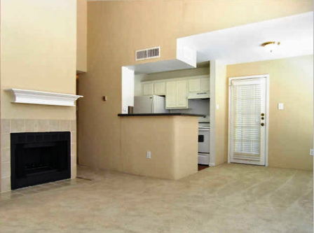 Webster TX Apartments with Spacious Living Area