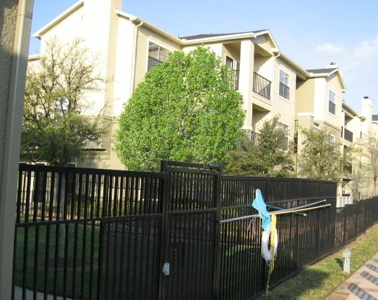 Photos of Stoneleigh at Valley Ranch Apartments