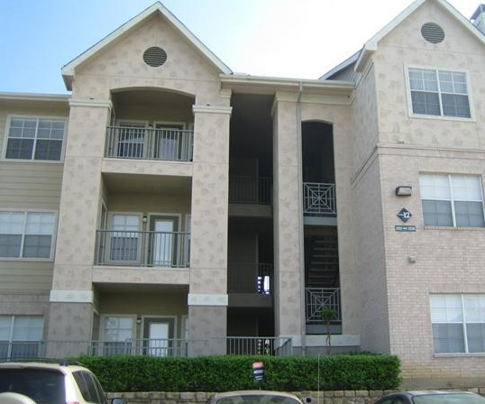 Chesterfield Apartments Exterior