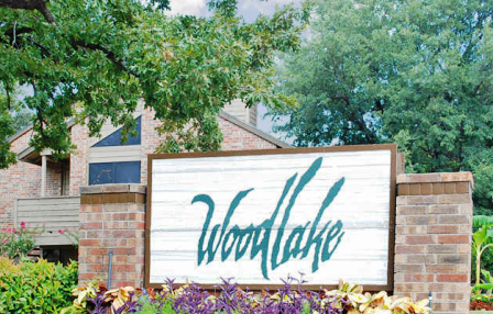 Woodlake Entrance