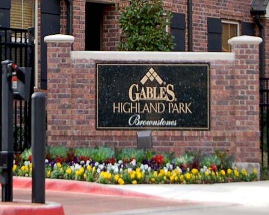 Gables Highland Park Brownstones Entrance