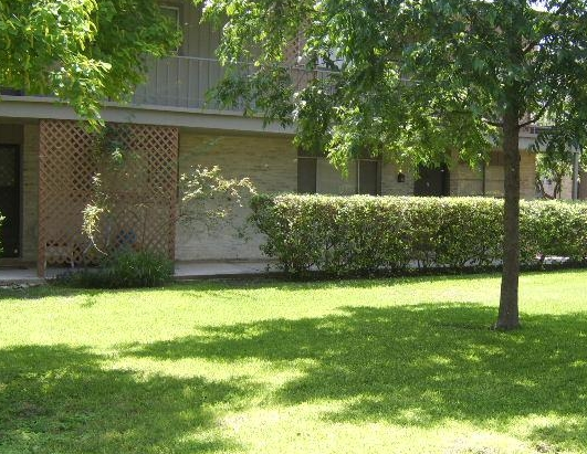 Courtyards at these Northeast San Antonio Apartments