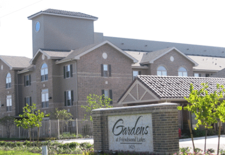 Entrance to Gardens at Friendswood Lakes Apartments