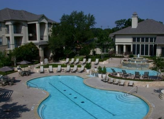 Austin Apartments near Lake Travis