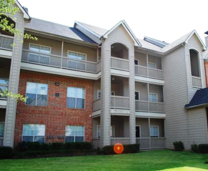 Spring Park Apartments Exterior View
