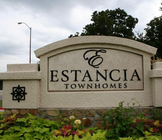 ESTANCIA TOWNHOMES ENTRANCE
