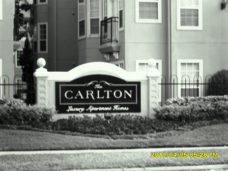 Houston Inner Loop Apartments - The Carlton