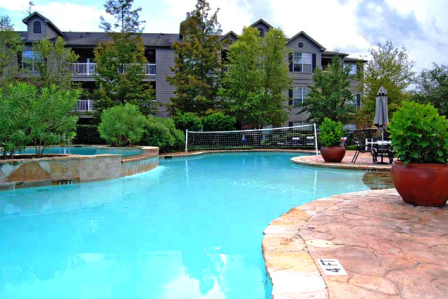 Harbors Cove Apartments Kingwood TX - Pool