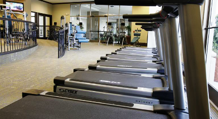 Fitness Studio at 2121 Mid Lane Apartments