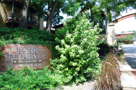 Park Terrace Apartments in Austin Entrance