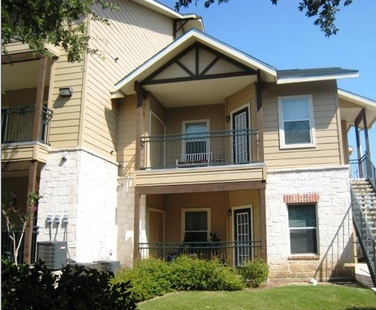 Exterior View of Schertz Texas Apartments