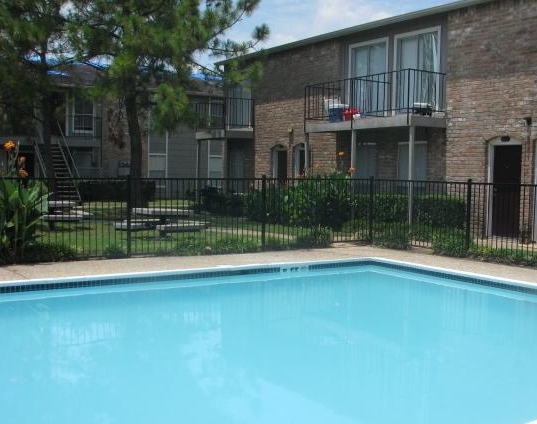 Clear Lake TX Apartments Pool Photo