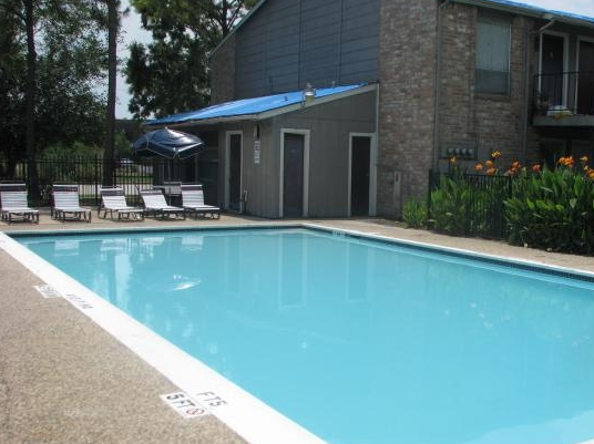 Sparkling Pool at these Clear Lake Apartments