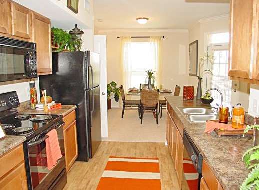 Gourmet Kitchens at Estancia San Miguel Apartments